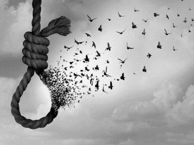 سه خودکشی در دو هفته